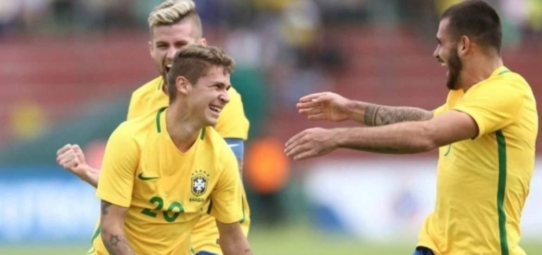 Brasil ganó agonicamente a Paraguay