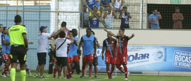 El Nacional derrotó a Delfín en Manta