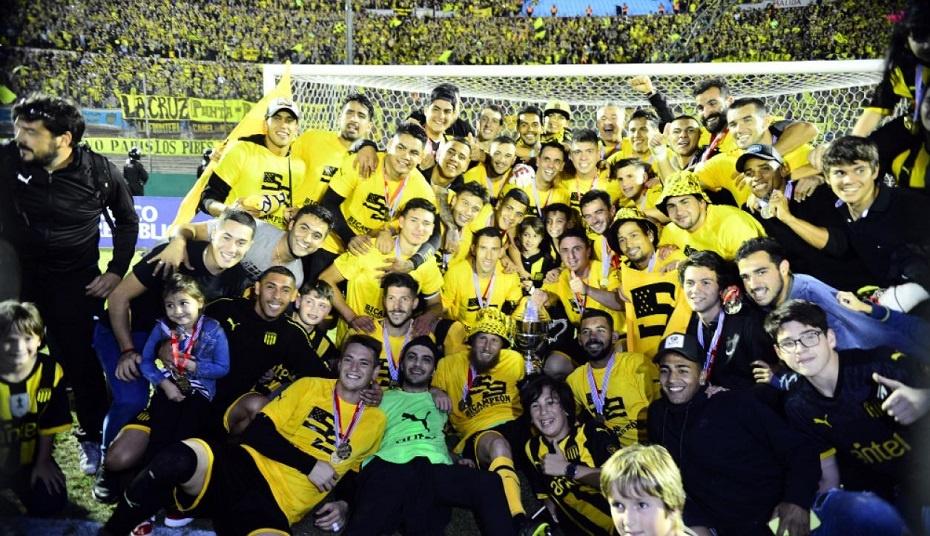 Peñarol le ganó el clásico a Nacional y es bicampeón del fútbol uruguayo