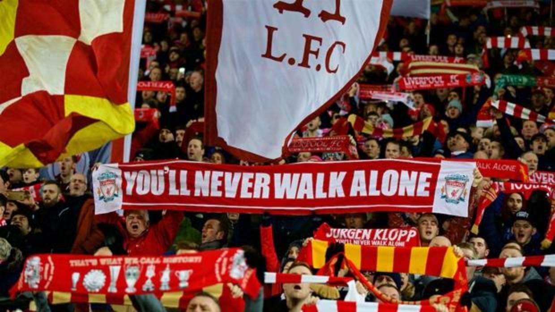 Los hinchas del Liverpool cuentan las horas para celebrar