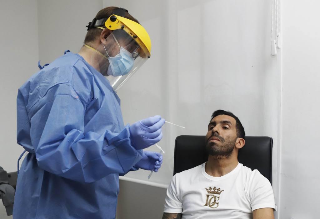 En Argentina, jugadores y técnicos se realizan las pruebas de COVID-19 para retomar los entrenamientos