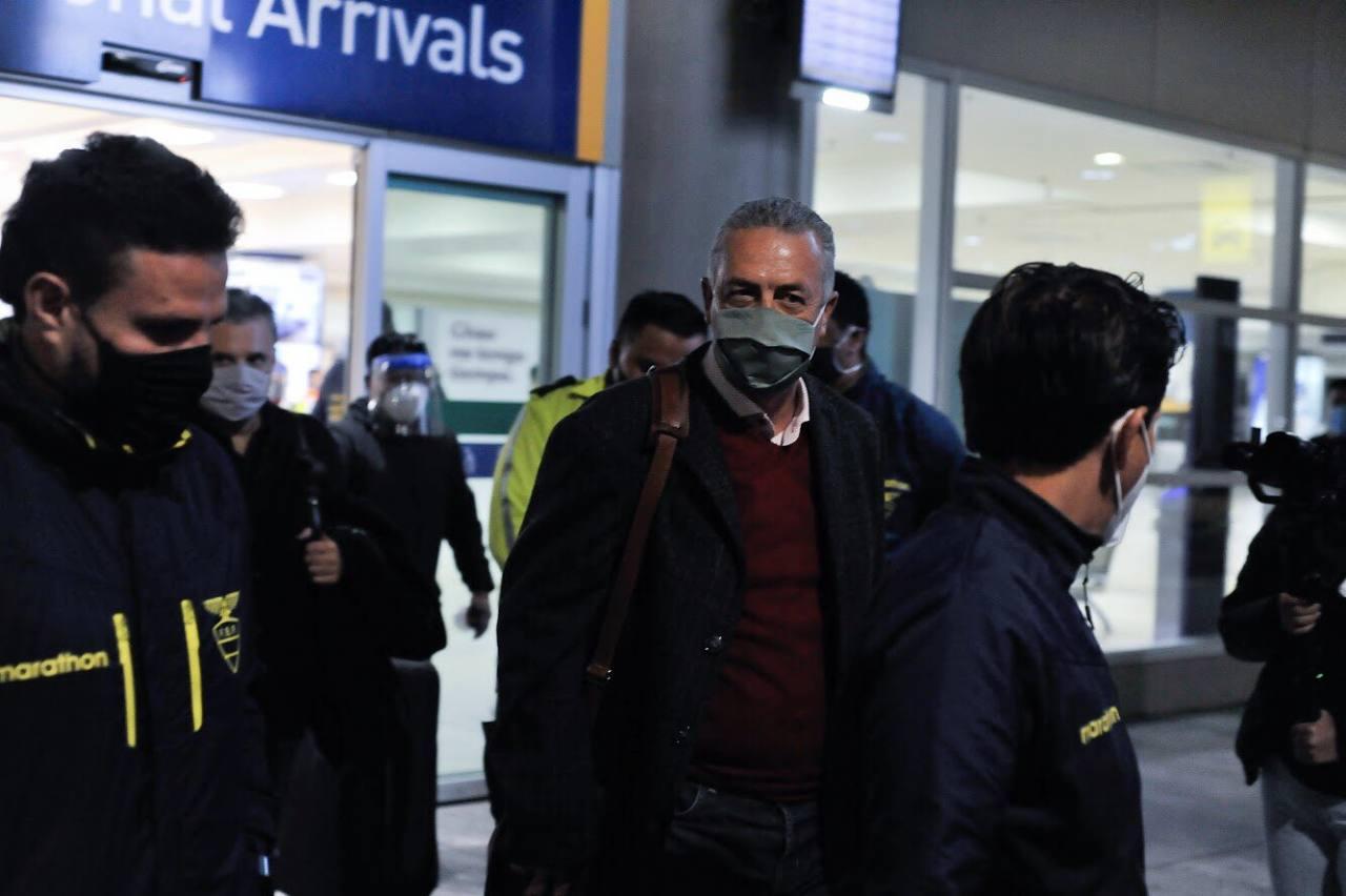 El DT de Ecuador, Gustavo Alfaro llegó anoche a Quito