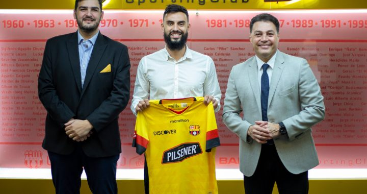 El goleador uruguayo Gonzalo Mastriani es nuevo jugador del Barcelona de Guayaquil