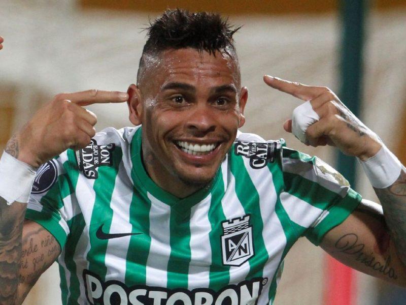 Jonatan Álvez dejaría Atlético Nacional