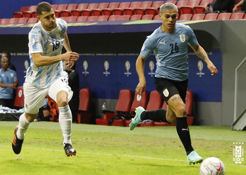 Uruguay debuta perdiendo en Copa America
