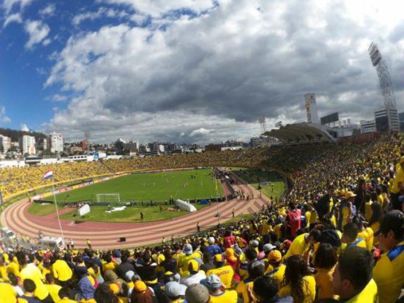 Ecuador jugará con público
